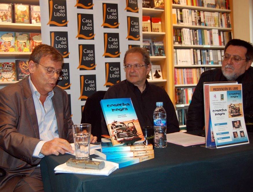 2013.5.8. Presentación en la Casa del Libro de Madrid de Cosecha Negra, a cargo de Antonio Gómez Rufo.