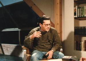 1988. Comentarista crítico en algún programa de La Buena Música, antes de dirigir una de sus series.