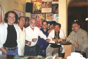 2002 Presentación de Escrito en una ola en el café Estar de Pedro.