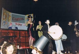 Carroza del Elígeme en la Cabalgata de Carnavales 1